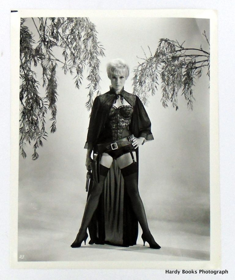 "ORIGINAL MOVIE STILL PHOTOGRAPH: ""KID RODELO"" 1966. Janet LEIGH."