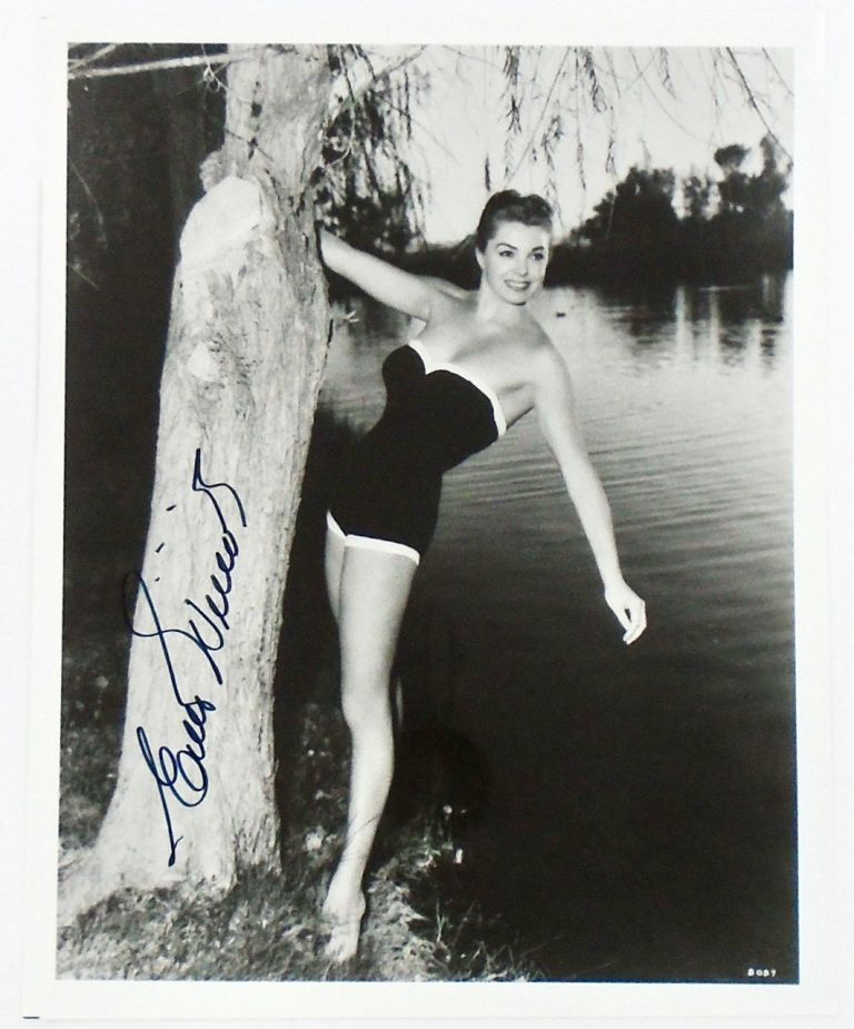 SIGNED PHOTOGRAPH: ESTHER WILLIAMS. ESTHER WILLIAMS.