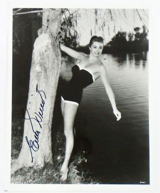 SIGNED PHOTOGRAPH: ESTHER WILLIAMS. ESTHER WILLIAMS