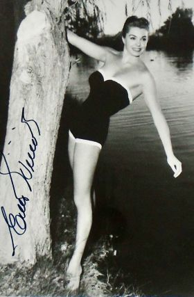 SIGNED PHOTOGRAPH: ESTHER WILLIAMS